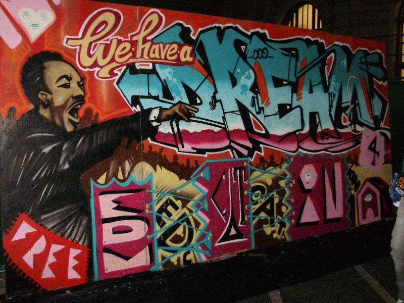 img/streetart/dreamgr.jpg